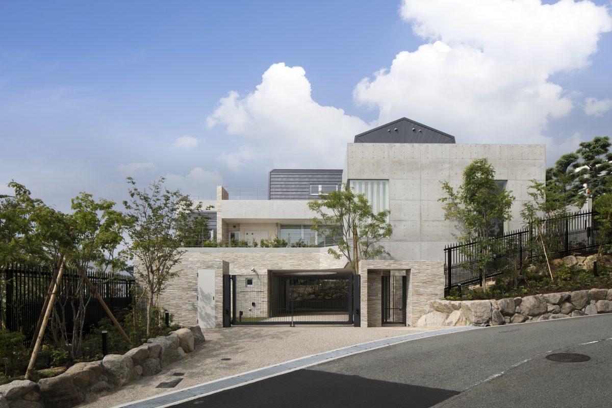 六麓荘の家