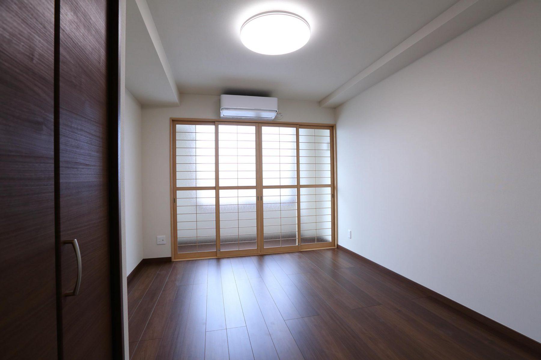 2階社宅・洋室