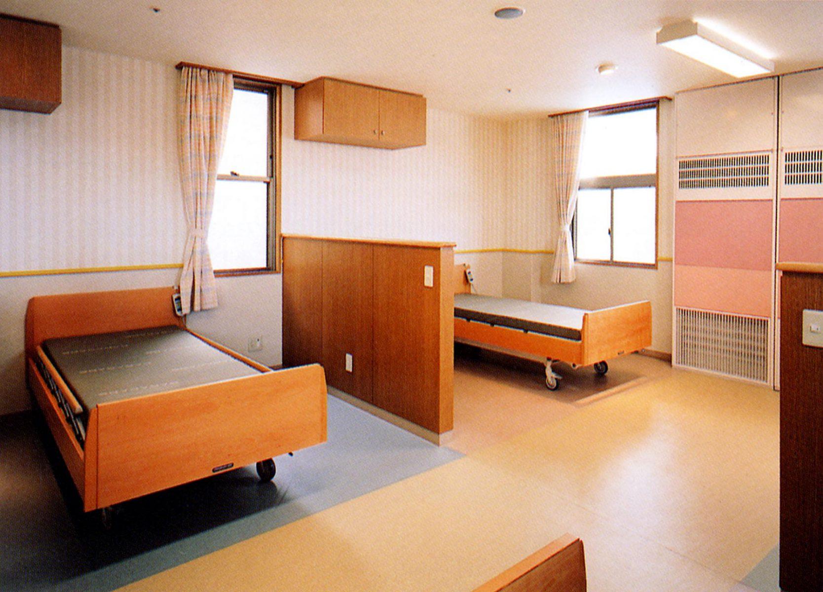 3階重心4床室