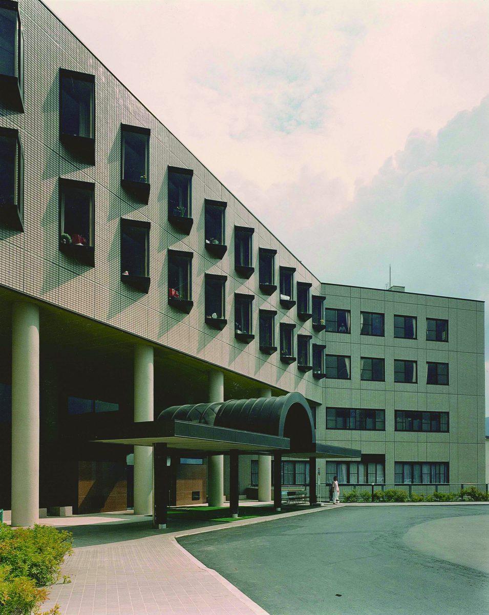 組合立諏訪中央病院〈第1回病院建築賞〉〈第2回SDA賞〉