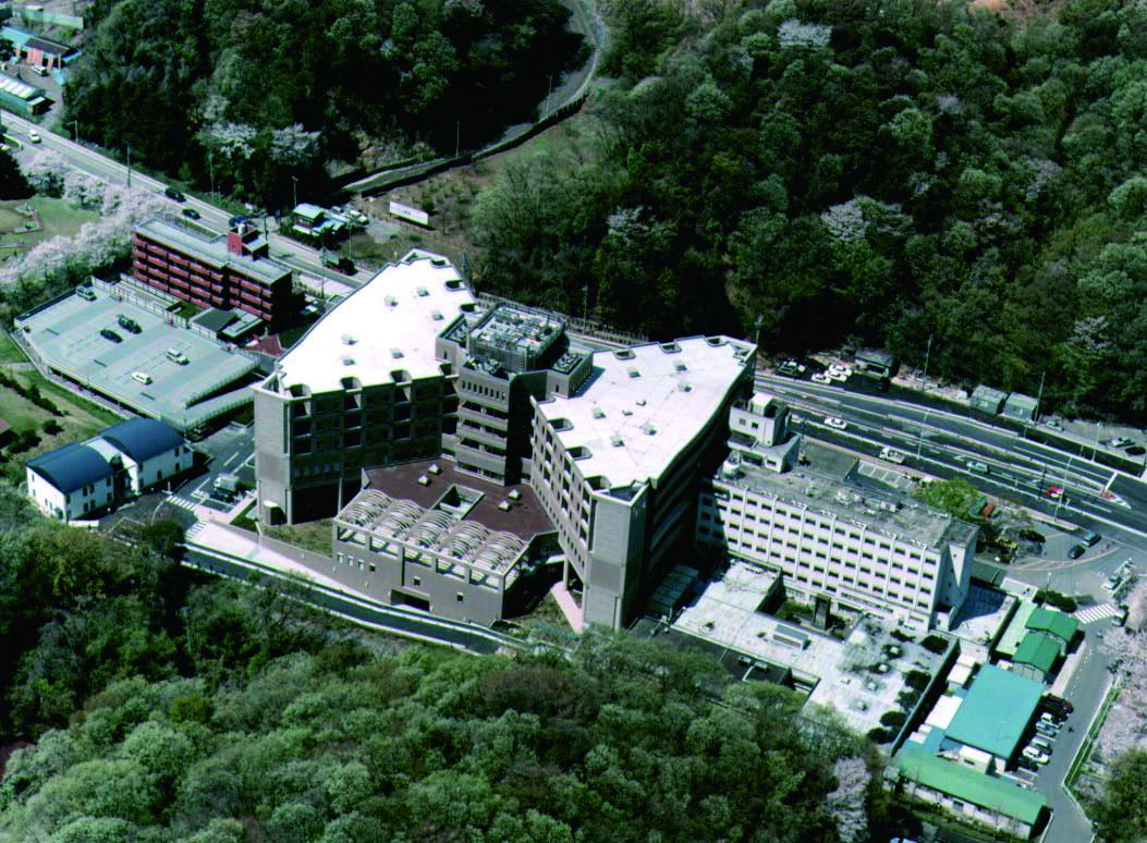 稲城市立病院〈医療福祉建築賞1999〉〈日本免震構造協会作品賞〉