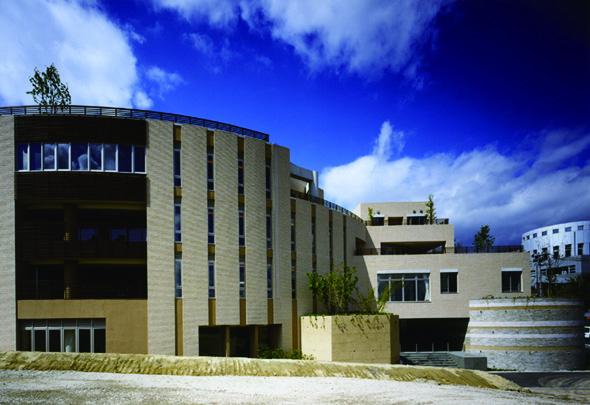 千里リハビリテーション病院〈医療福祉建築賞2009〉