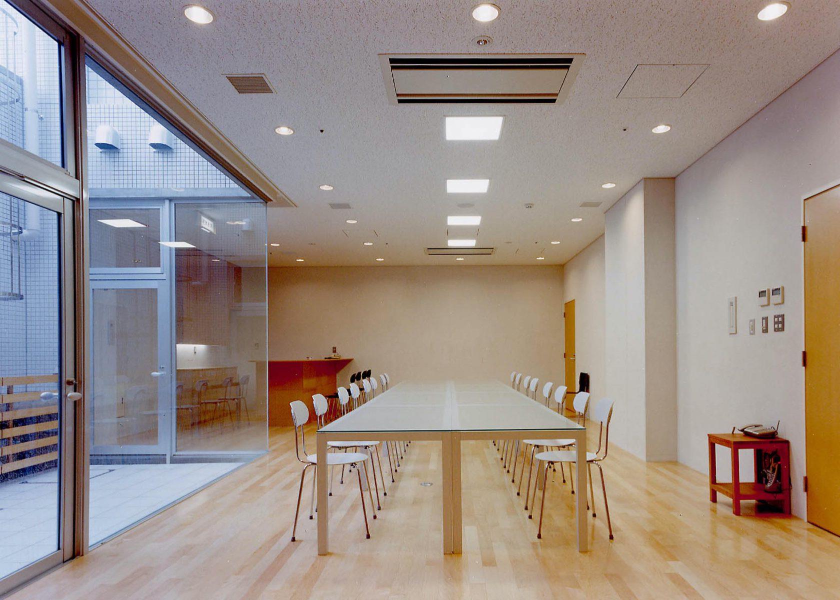 B1会議室