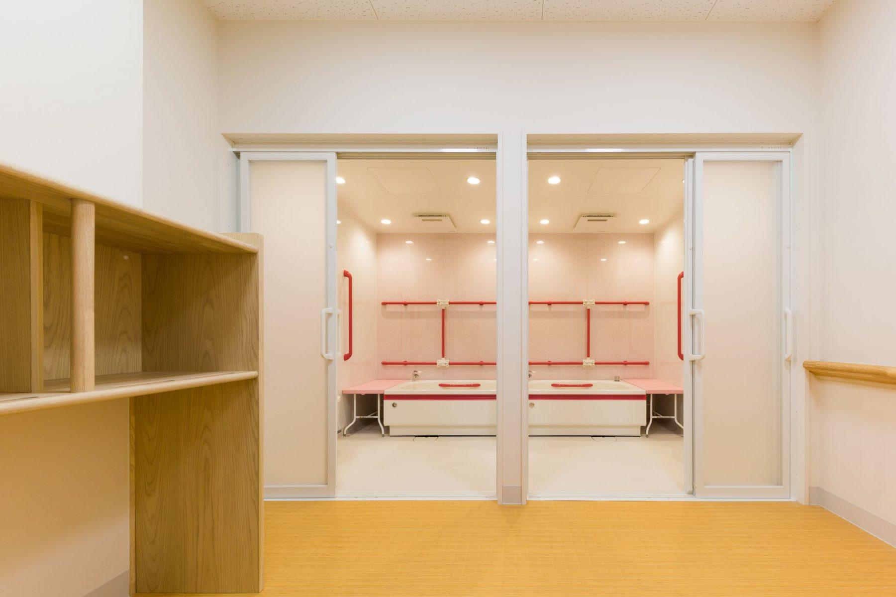 介助浴室:元病室を改修