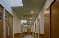 1床室前廊下